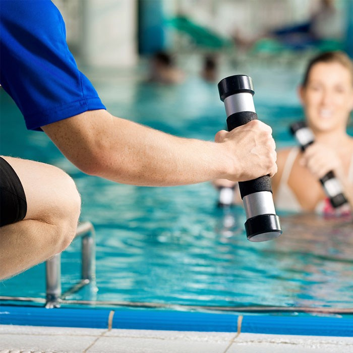 aqua-fitness-instructor-2__main